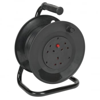 BCR153T CABLE REEL 15MTR 3 X 230V THERMAL TRIP